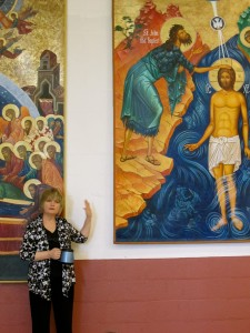 Ann Chapin giving talk at Church of the Incarnation about her artwork.
