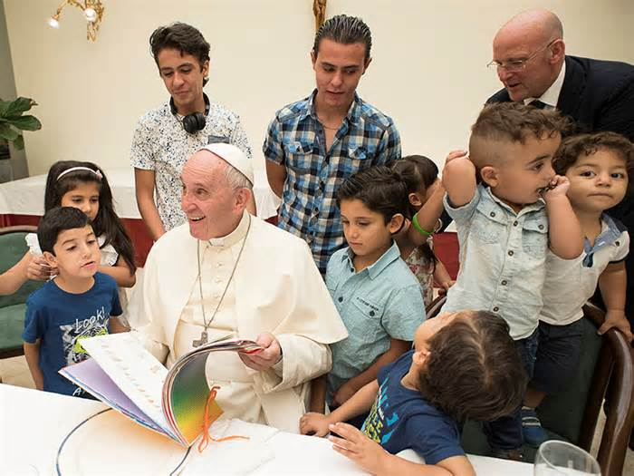 Pope invites Syrian refugees to lunch at The Vatican.
